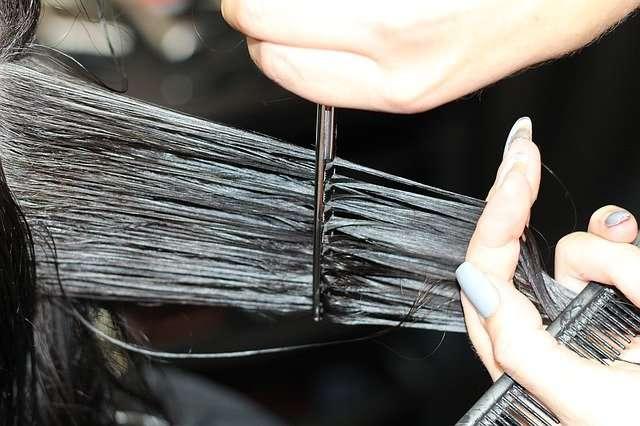 taglio-capelli-forbice-clickadvisor