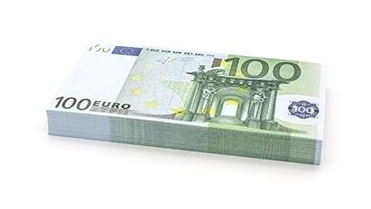 Euro falsi! Non so cosa ne vuoi fare, ma in genere si usano per feste e ricorrenze! 100x100€ a soli 13€!