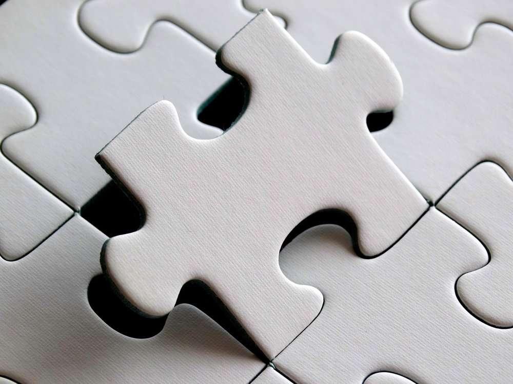 Rispondi alle ricerche online dei clienti / puzzle